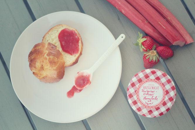 Rhabarber-Erdbeer Marmelade mit Ingwer
