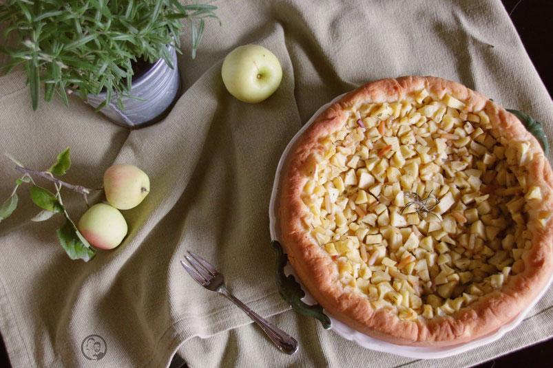 Mediterraner Apfelkuchen