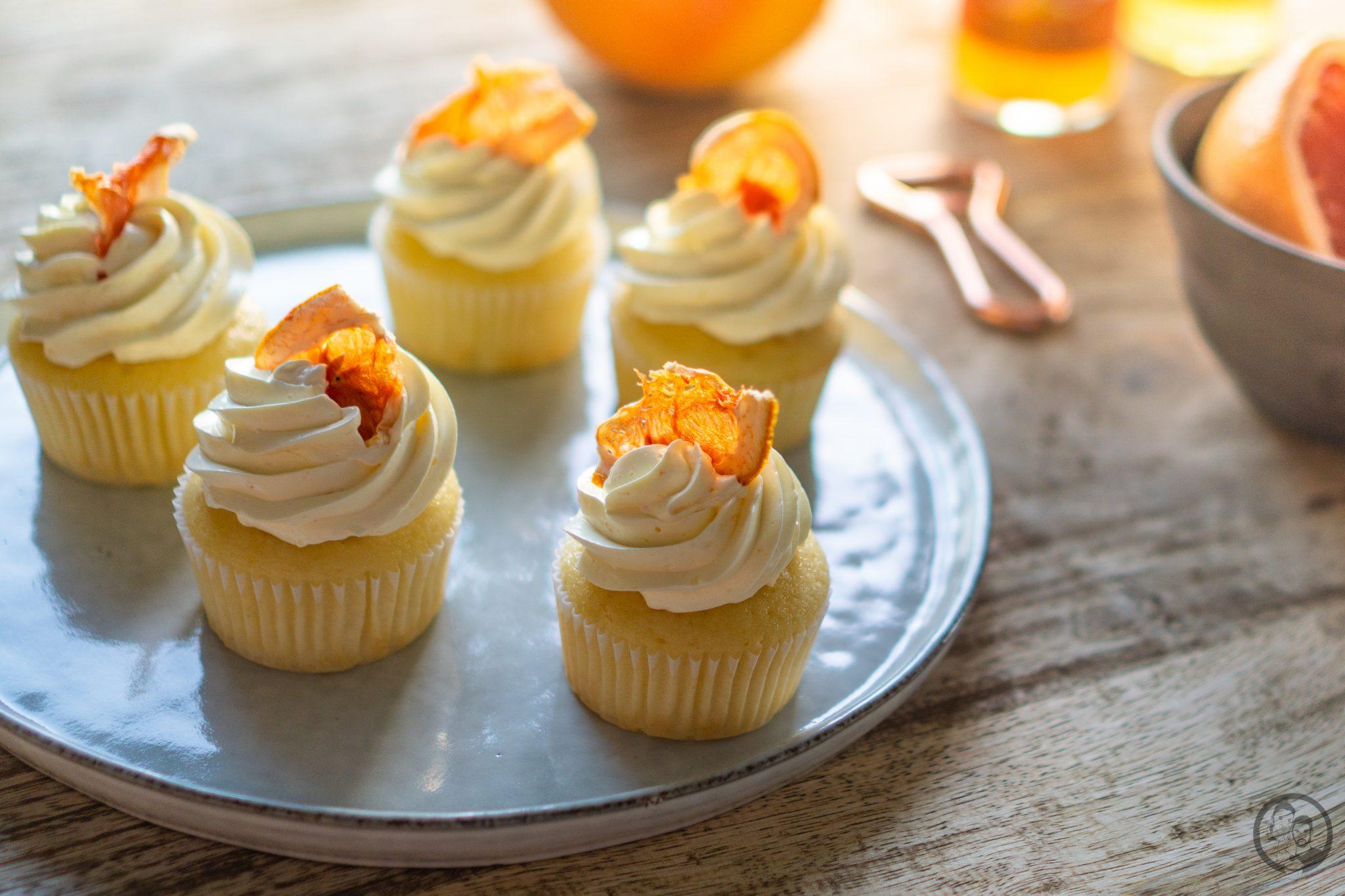Cupcakes auf Platte