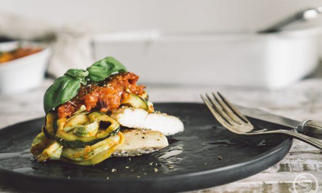 Pollo con zucchini alla parmigiana