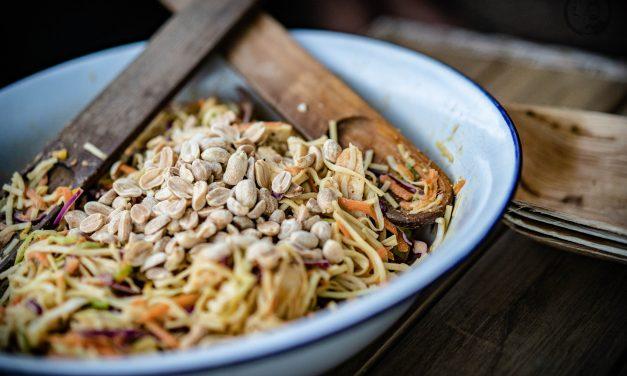 Erdnuss-Nudel-Salat