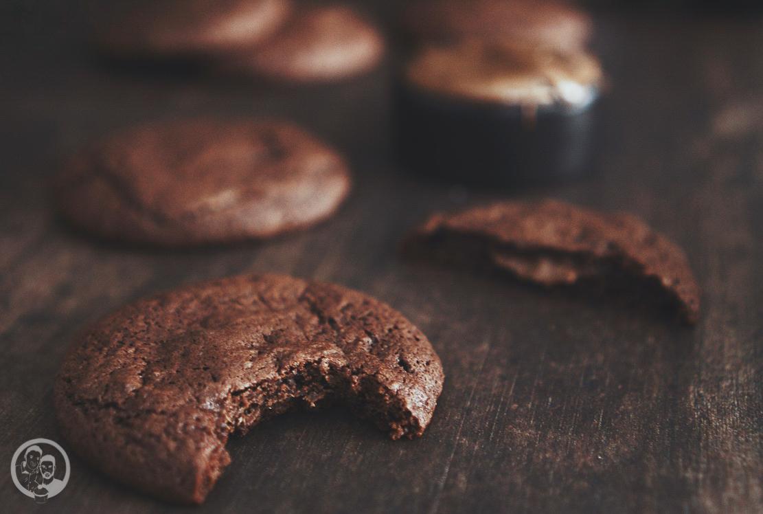 Nutella stuffed cookies mW 4 | Vor ein paar Wochen waren wir wieder einmal bei Torstens Patenkind Linn und ihrer Schwester Filli zu Besuch. Obwohl wir gar nicht so weit auseinander wohnen, schaffen wir es leider nicht so oft, uns zu sehen. Aber auch vielleicht daher ist die Freude bei uns beiden immer ganz groß, wenn wir uns treffen.