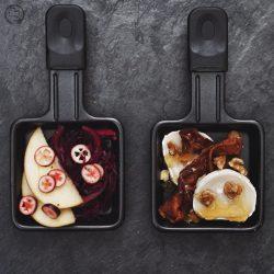RACLETTE mW 3 | Alle Jahre wiederheißt es auch bei uns Raclette-Zeit! In den meisten Familien ist das gemeinsame Raclette-Essen Tradition. Ob nun an Weihnachen oder auch anSilvester ... bei uns sogar gerne auch mal an beiden Festen. Aberwie das so oft der Fall ist, kann diese Tradition dazu verleiten, immer wieder das gleiche aus dem Pfännchen zu zaubern. Daher haben wir unsere vier ultimativen Raclettepfännchen für euch gesammelt.