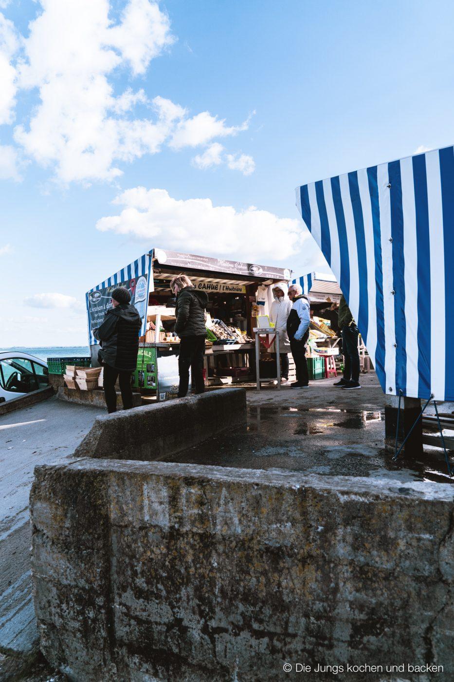 Wohnmobil Etrusco Bretagne 44 | Heute haben wir einen besonderen Reisebericht für euch, denn wir hatten eine absolute Premiere - Reisen mit einem Wohnmobil! 5 Tage lang waren wir unterwegs und unser Ziel war die wunderschöne Smaragdküste in der Bretagne. Hier haben wir es uns kulinarisch richtig gut gehen lassen, tolle Eindrücke gesammelt und vor allem unser schickes Gefährt  von Etrusco ausgiebig testen können. So viel sei verraten ... wir sind extrem angetan von einem Urlaub mit dem Wohnmobil und planen schon die nächste Wohnmobil-Tour.