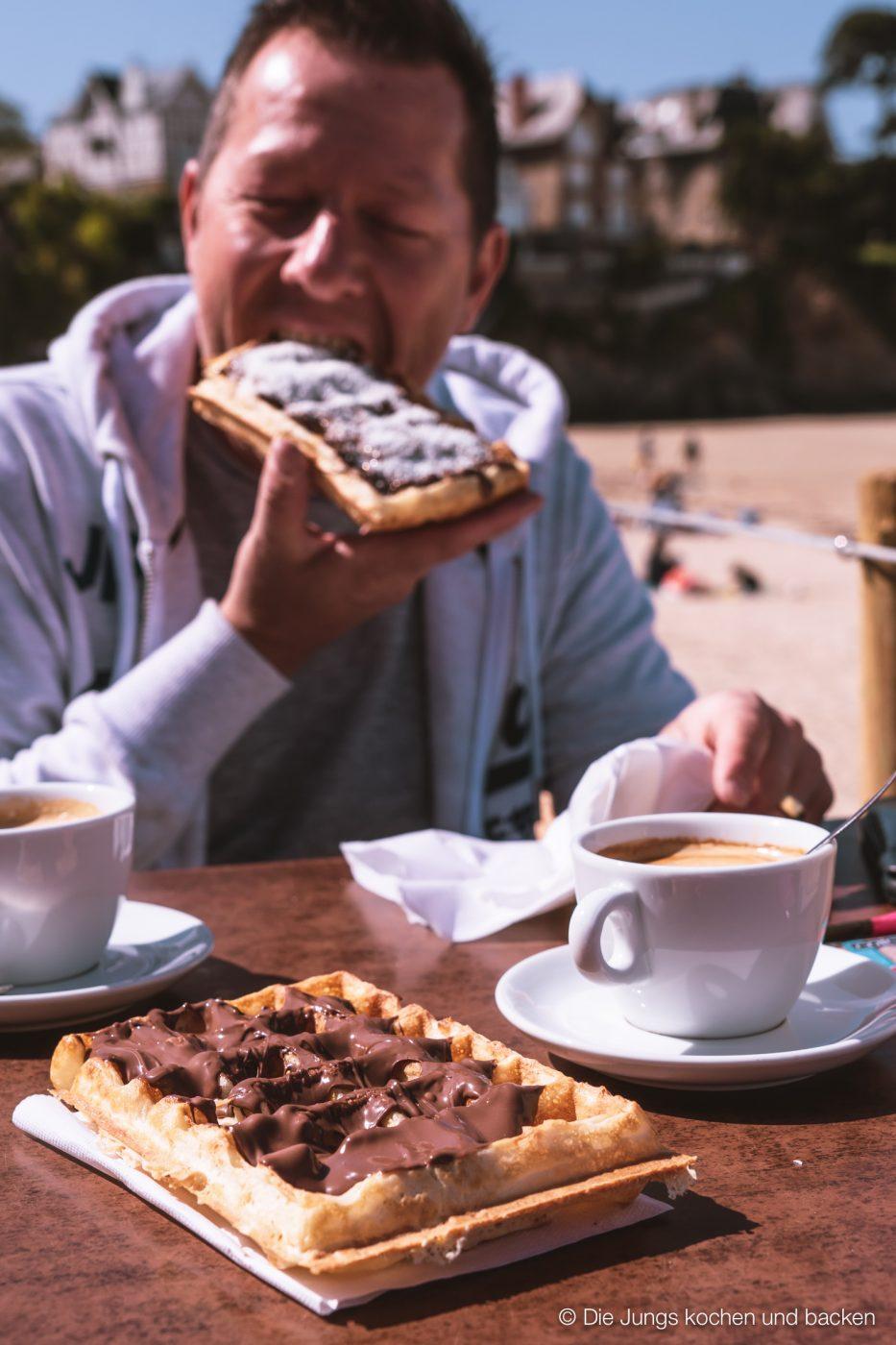 Wohnmobil Etrusco Bretagne 84 | Heute haben wir einen besonderen Reisebericht für euch, denn wir hatten eine absolute Premiere - Reisen mit einem Wohnmobil! 5 Tage lang waren wir unterwegs und unser Ziel war die wunderschöne Smaragdküste in der Bretagne. Hier haben wir es uns kulinarisch richtig gut gehen lassen, tolle Eindrücke gesammelt und vor allem unser schickes Gefährt  von Etrusco ausgiebig testen können. So viel sei verraten ... wir sind extrem angetan von einem Urlaub mit dem Wohnmobil und planen schon die nächste Wohnmobil-Tour.
