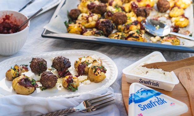 Smashed Potatoes mit Ziegenfrischkäse & Erdbeerchutney