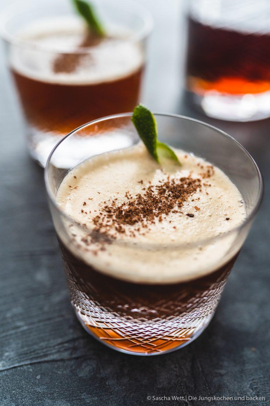 Coffee meets Caribian Realness Zwiesel Drink 7 | Zum mittlerweile dritten Mal in Folge lassen wir an Silvester für euch unser Jahr Revue passieren! Dabei merken wir immer wieder, wie viel man eigentlich schon wieder vergessen hat. Aber auch, wie unglaublich viel in einem Jahr passieren kann. In diesem Jahr hat Feed Me Up Before You Go-Go eingeladen und dem Ruf folgen wir mehr als gerne - also kommt hier der große Jahresrückblick, unsere #FOODBLOGBILANZ2019