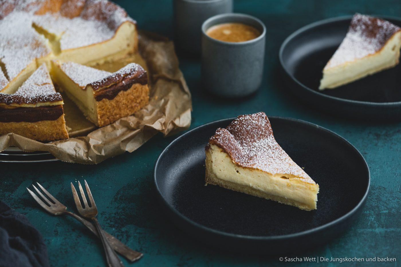 Rezept für einen klassischen Käsekuchen. Da es bei uns bisher kein Familienrezept gab, haben wir lange an unserer Version gebastelt. Jetzt also unser Familienrezept! #rezepte #cheesecake #käsekuchen #klassiker #backrezept