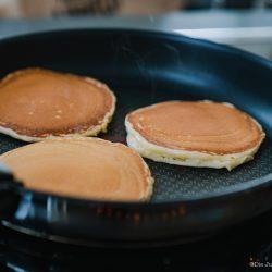 Tefal Pfannengerichte 20   Einfaches Rezept für amerikanische Pancakes. Schnell gemacht und noch schneller verputzt!