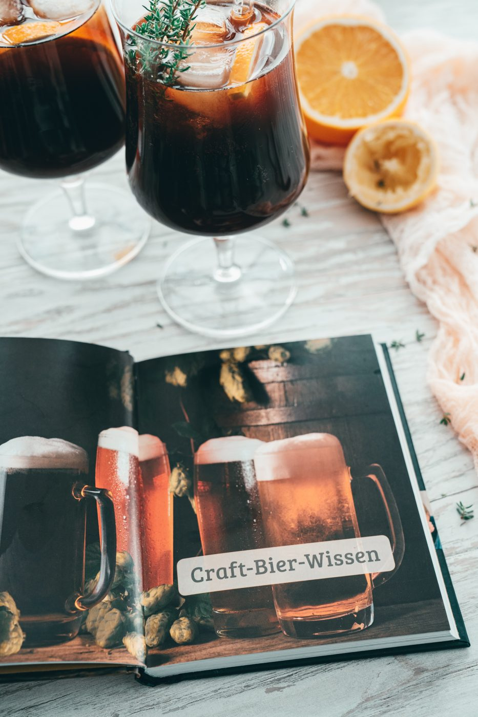 Rezept für einen sagenhaft fruchtigen Biercocktail. Das herb karamellige Imperial Stout und die frische Grapefruit und Orange bieten eine wunderbare Alternative zu Radler & Co.