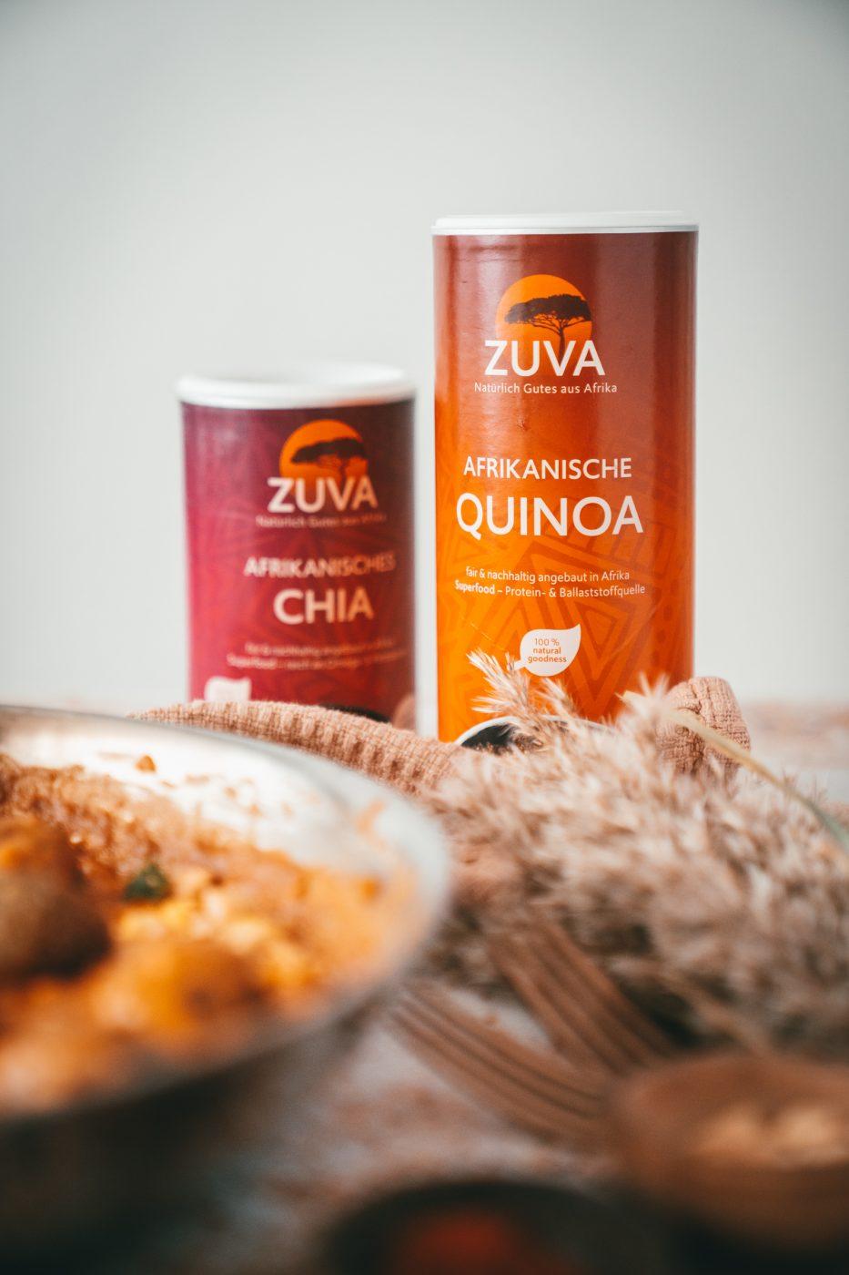 ZUVA Quinoa Baellchen 17 | Wir finden es wichtig, auch immer einen Blick über den Tellerrand zu wagen. Dazu gehört für uns auch schon recht lange, uns immer mal wieder an veganer Küche zu probieren. Wir sind mit Sicherheit keine Profis auf dem Feld, aber auch wir möchten mit Bedacht Fleisch konsumieren und dazu gehört eben dann auch mehr und mehr vegetarische Gerichte auf den Tisch zu bringen. Also haben wir aus Quinoa richtig geniale Quinoa-Bällchen geformt und mit einer unfassbar guten afrikanischen Erdnusssauce angerichtet!
