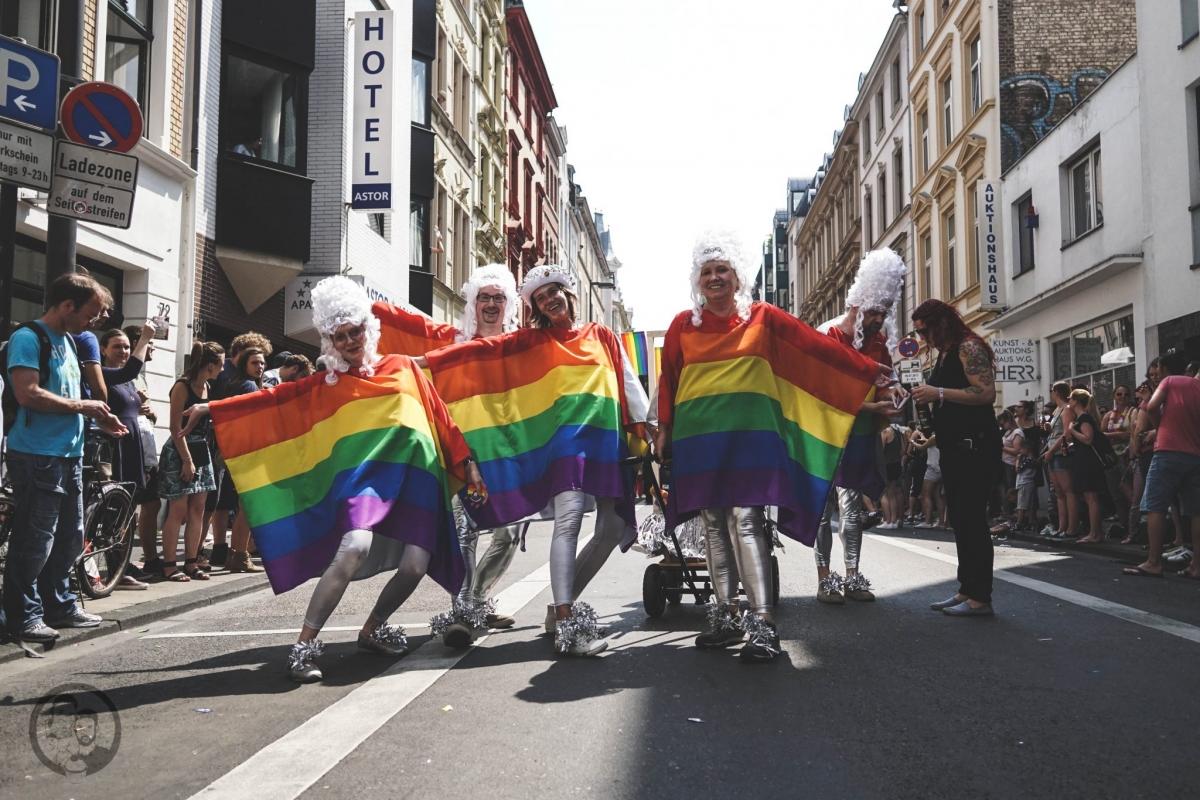 Regenbogenflaggen